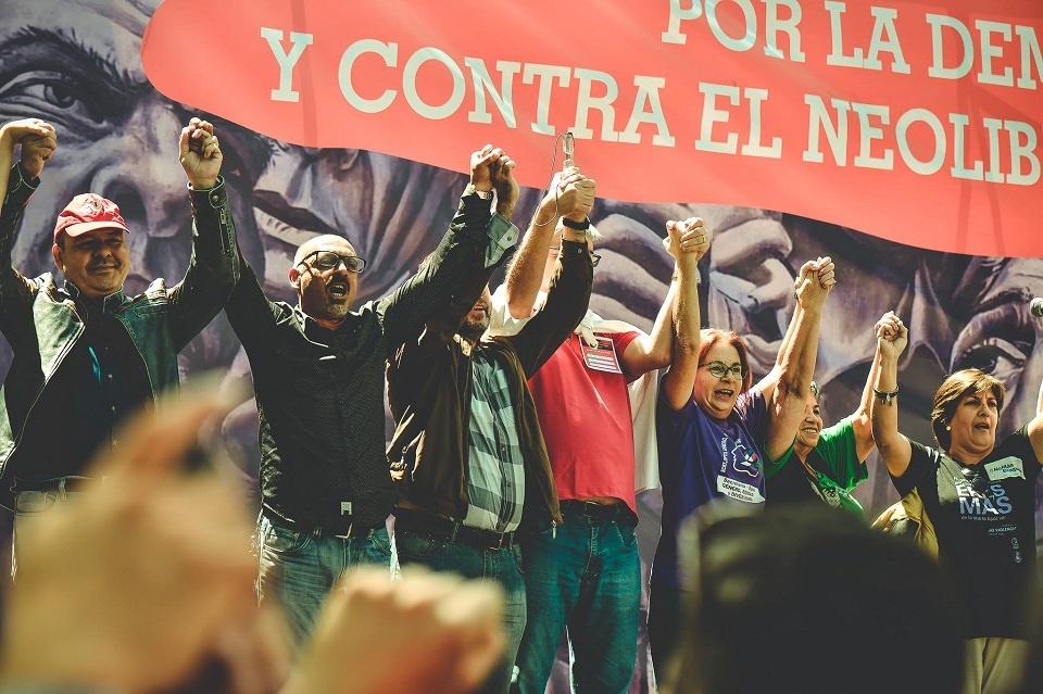 América Latina tiene que despertar y fortalecer su unidad